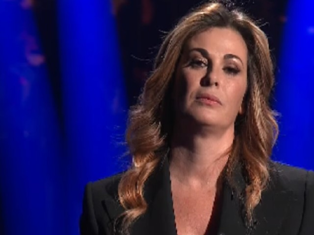 """Vanessa Incontrada in lacrime sul set/ """"Panariello mi ha consolato e..."""""""