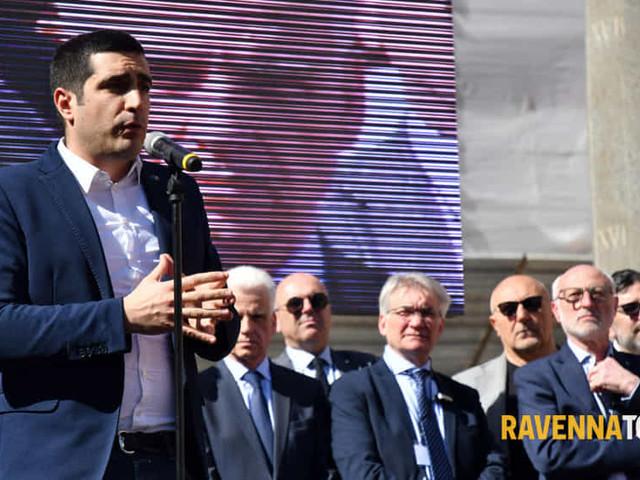 """Manifestazione Per l'energia italiana, il sindaco: """"Il Governo cambi rotta"""""""