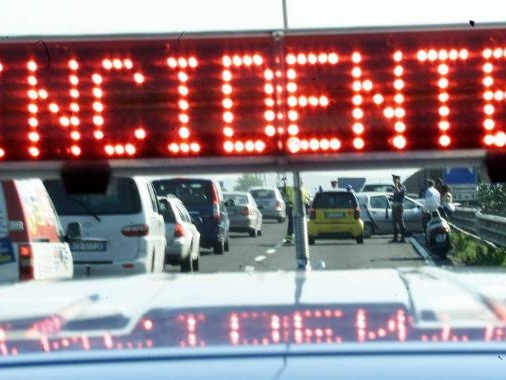 Taranto: incidente, morto motociclista 38enne Nel pomeriggio