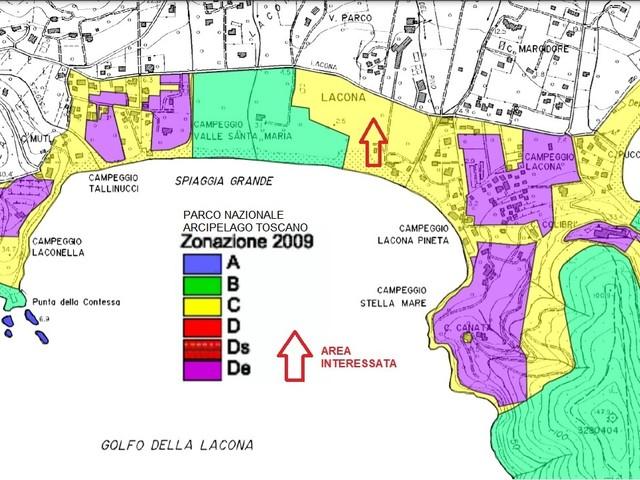 L'incredibile storia del parcheggio/camping per camper dell'ex Parco giochi Le Dune a Lacona