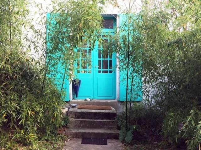 Ora si può dormire per una notte nella Maison Bleue di Monet