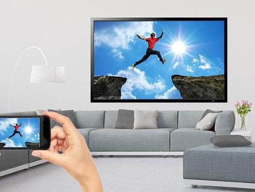 Come connettere lo smartphone alla TV