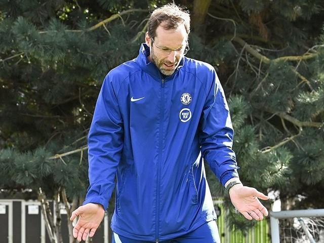 """Il Chelsea inserisce Petr Cech nella lista per la Premier League: """"Portiere d'emergenza"""""""