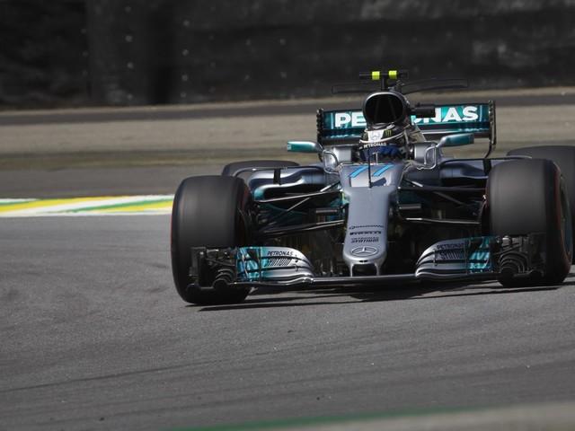 F1, GP del Brasile - Bottas strappa la pole a Vettel per 38 millesimi