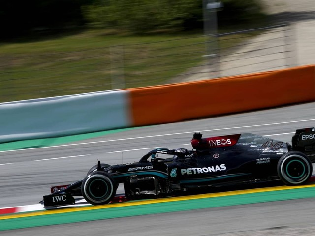 F.1, GP Spagna - Hamilton vince a Barcellona, Verstappen secondo