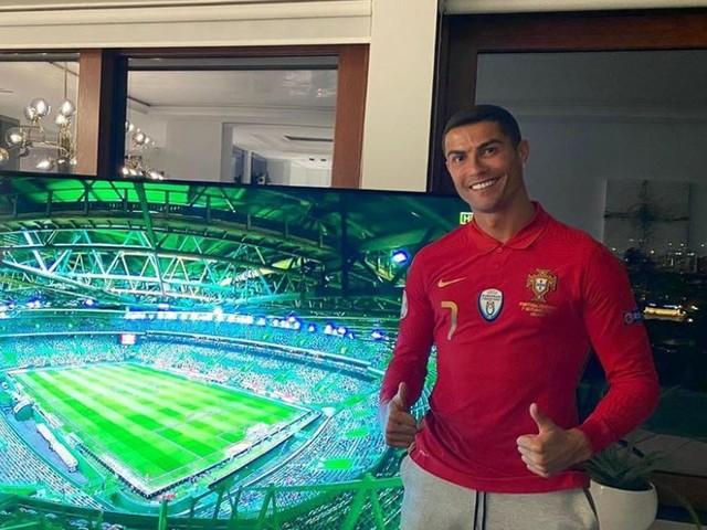 """Cristiano Ronaldo risponde a Spadafora: """"non ho violato il protocollo, sono tutte bugie"""""""
