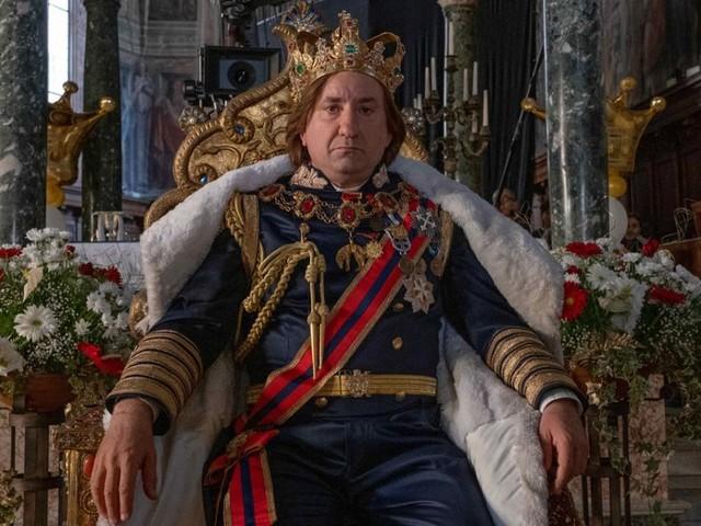 Cetto c'è senzadubbiamente, sovrano (e non sovranista) da gag