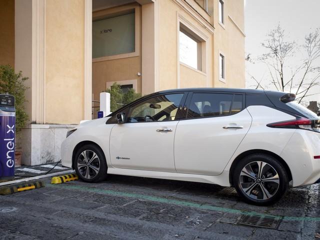 Da Nissan ed Enel nuova soluzione integrata per la mobilità elettrica