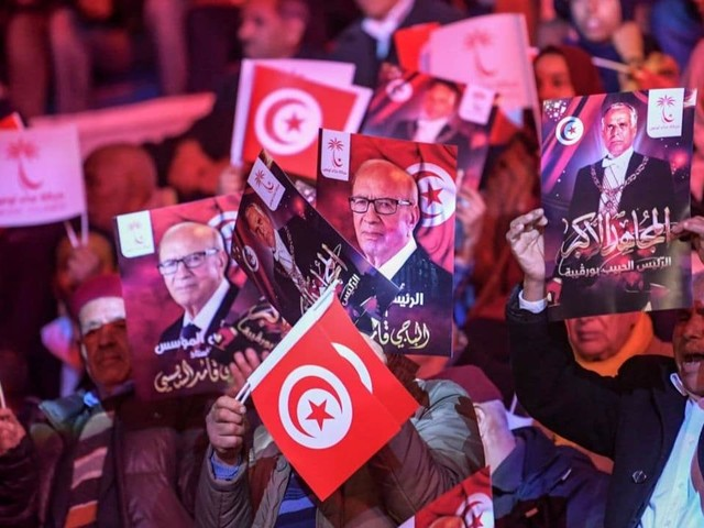 Elezioni presidenziali in Tunisia, ballottaggio tra Saied e Karoui