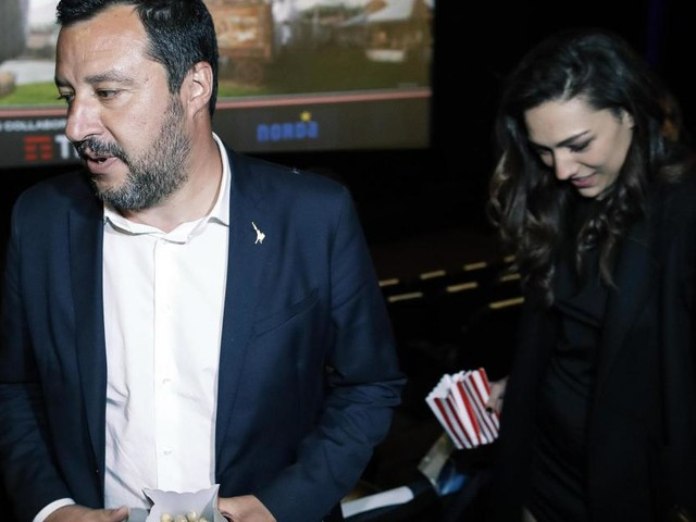 'Tutto falso', Salvini ancora con la Verdini, la Isoardi: 'Non tornerei indietro'