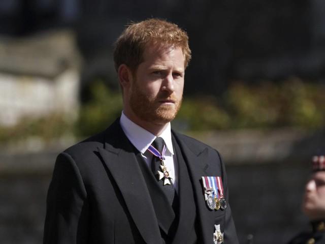 """L'esperto non ha dubbi: """"Harry è una testa calda. È pentito di aver lasciato la famiglia"""""""