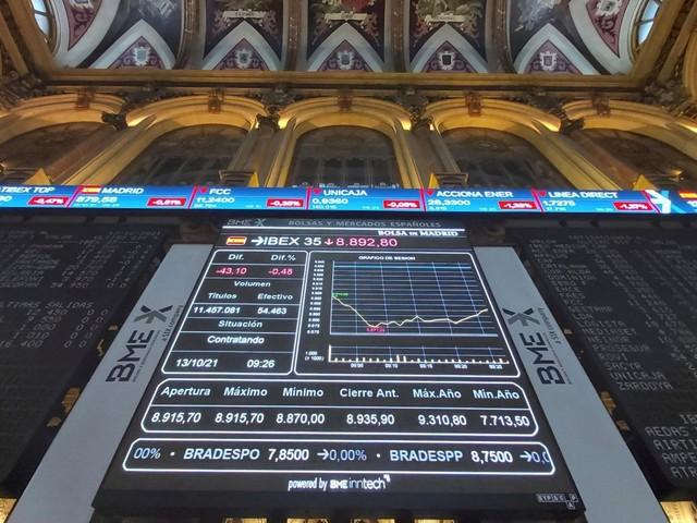 Le Borse di oggi, 14 ottobre 2021. Fed e inflazione non spaventano, listini Ue in rialzo