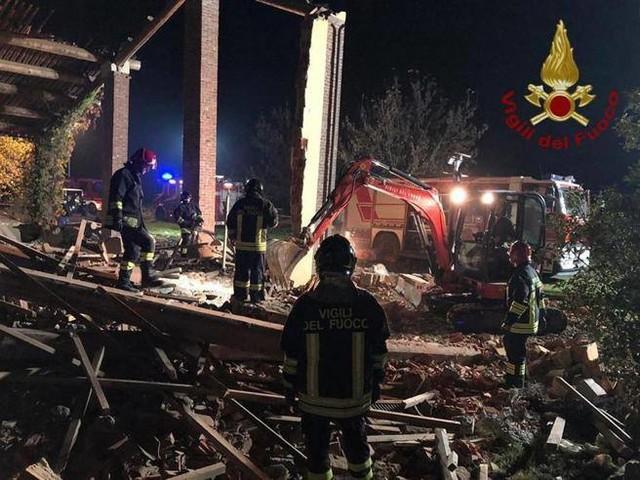 Alessandria, pompieri uccisi: fermatoper omicidio il proprietario della cascina