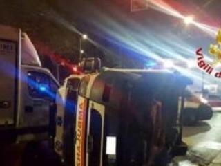 Viale Molise: grave incidente tra camion e ambulanza manda in tilt il traffico di tutta la zona