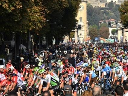 Il Giro di Lombardia è partito da Bergamo Ecco le strade interessate al passaggio