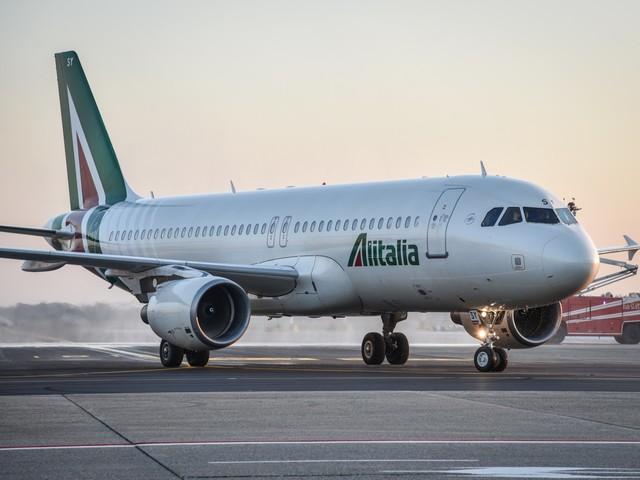 Alitalia, voli speciali per il rimpatrio degli italiani