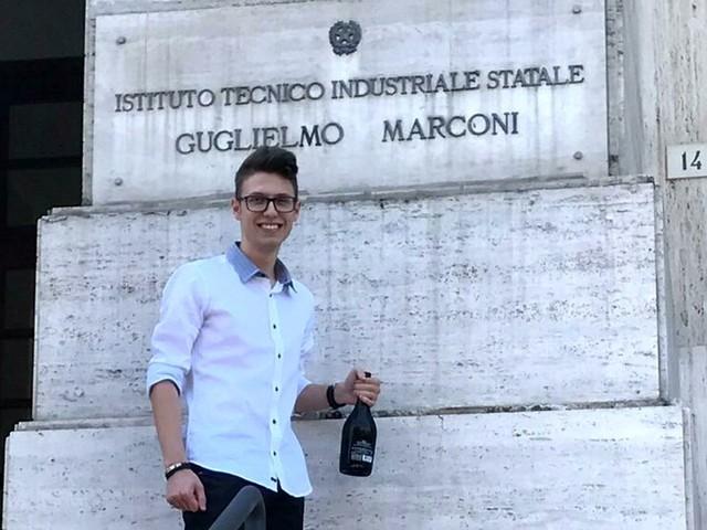 """Lorenzo, centista specializzato in Meccanica: """"All'Iti mi sono sentito a casa"""""""