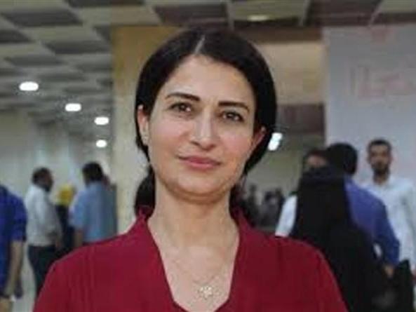 Hevrin Khalaf, la politica curda che si batteva per le donne e la democrazia