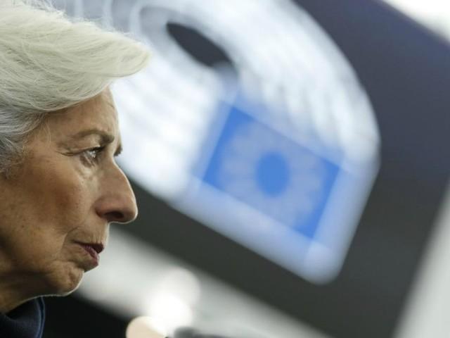 """SPY FINANZA/ Le ragione dell'ultimo """"aiutino"""" sullo spread della Bce all'Italia"""