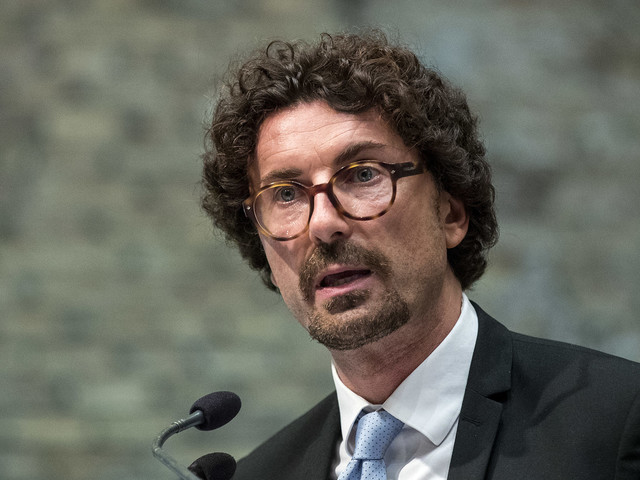 Strage di Viareggio, il M5S: da Toninelli impegno sulla sicurezza