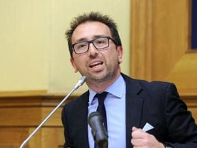 Giudice del Tribunale etneo denuncia Bonafede per abuso d'ufficio