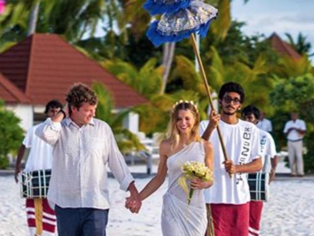 Nicoletta Romanoff e Federico Alverà, nozze bis durante la luna di miele alle Maldive