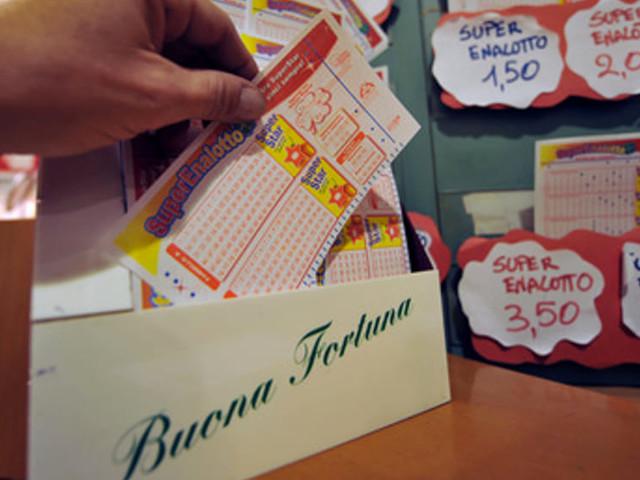 Estrazioni oggi Lotto e SuperEnalotto: i numeri vincenti di sabato 15 giugno 2019