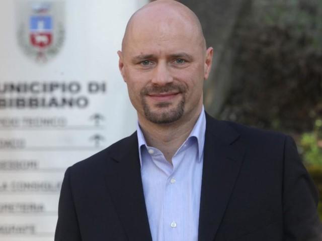 Reggio Emilia, business sulla pelle dei minori: ai domiciliari il sindaco di Bibbiano