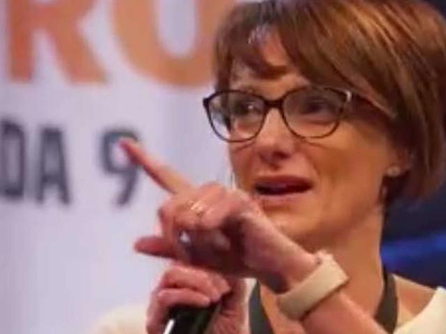 """Elena Bonetti: """"Ddl Pillon resterà nel cassetto""""/ Leghista vs ministro: """"Prevedibile"""""""