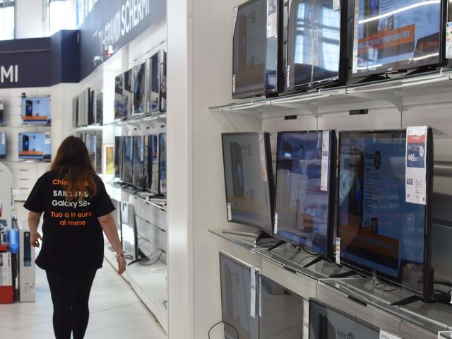 Le novità sul bonus tv. Può cambiare l'importo: chi rischia lo switch off
