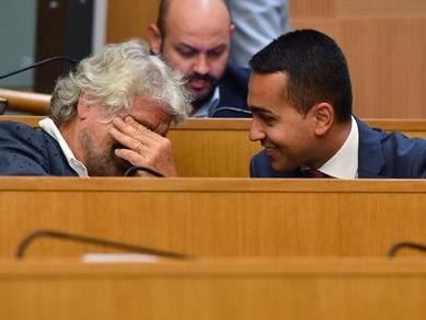 Grillo sdogana il PD e a Di Maio manda a dire «Basta coi punti Standa»