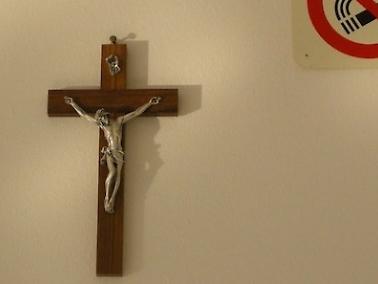 I laici partono all'attacco: stop all'ora di religione e sì Imu per la Chiesa