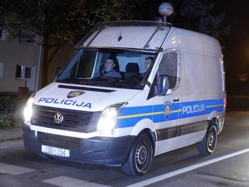 Migranti: Croazia, sgominata banda trafficanti, 14 arresti