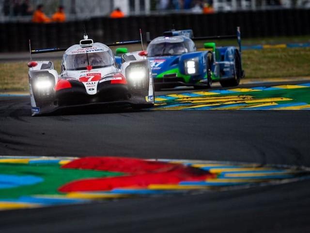 24 Ore di Le Mans - Nella notte, la stella di Toyota continua a brillare