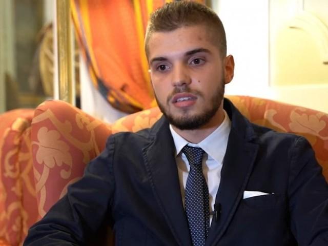Tutti 10 a scuola: lo studente Lorenzo premiato da Mattarella come 'alfiere del lavoro'