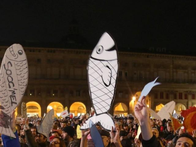 """Le Sardine """"selvagge"""" sono il pesce pilota della sinistra in crisi"""