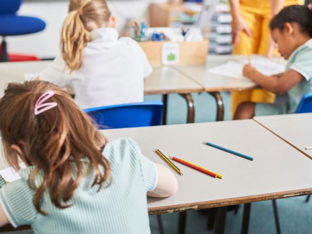Le nuove regole per la gestione dei casi di Covid a scuola. Cosa c'è da sapere