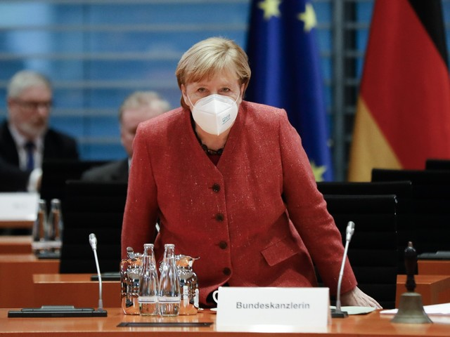 Germania ancora blindata. E la Merkel chiede scusa