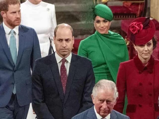La regina e Kate Middleton in Tv lo stesso giorno di Harry e Meghan