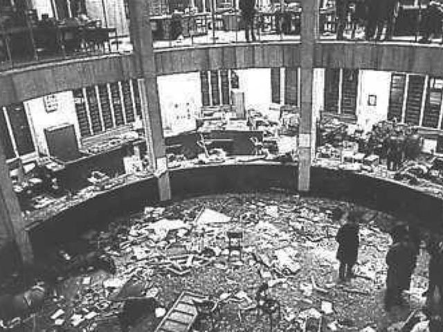 """Piazza Fontana 48 anni dopo, Mattarella: """"Fu l'inizio di una catena di sangue e terrore"""""""