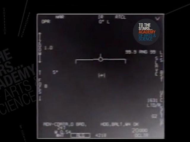 """""""Gli Ufo? Autentici ma non spiegabili"""", parola di Us Navy che conferma l'intuizione del cantante dei Blink 182"""