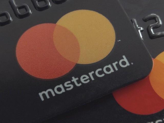 Mastercard entra nel ricco mercato dei servizi per Smart Cities