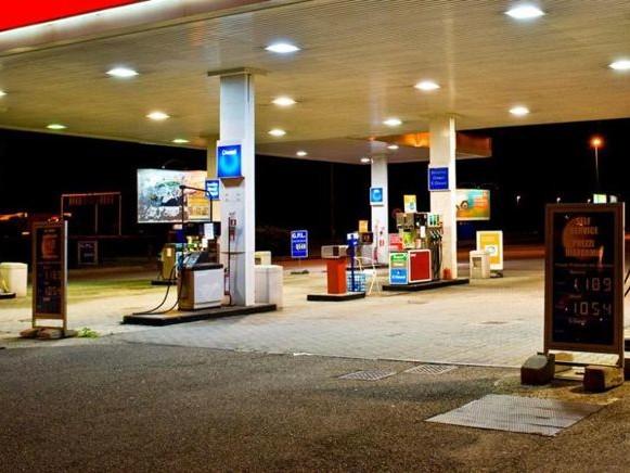 Frodi alle pompe di benzina, la Gdf intensifica i controlli