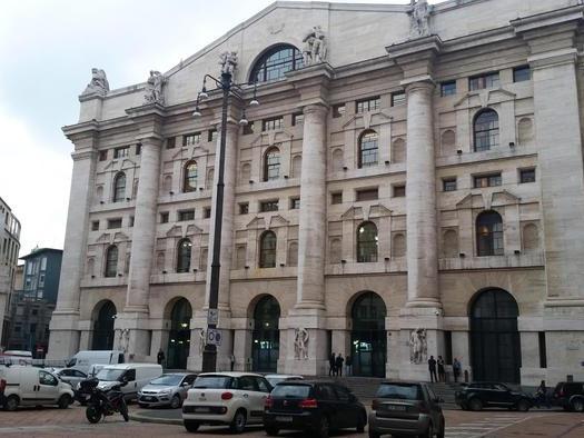 Borsa: Milano apre in rialzo +0,19%