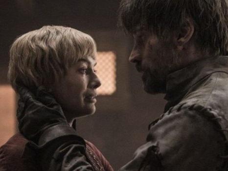 Il Trono di Spade 8 non piace ai fan, ma HBO si consola con gli ascolti: il quinto episodio batte ogni record