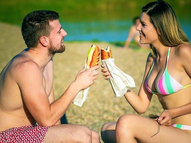 Estate di gusto: i cibi anti caldo perfetti per la spiaggia