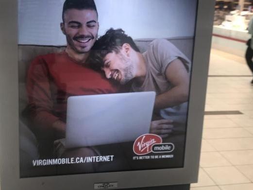 Uno studio conferma: l'inclusione di persone lgbt nella pubblicità aiuta a combattere l'omofobia