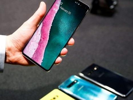 Bel rilancio con le offerte Trony online per Samsung Galaxy S10 ed iPhone XR fino al 4 ottobre