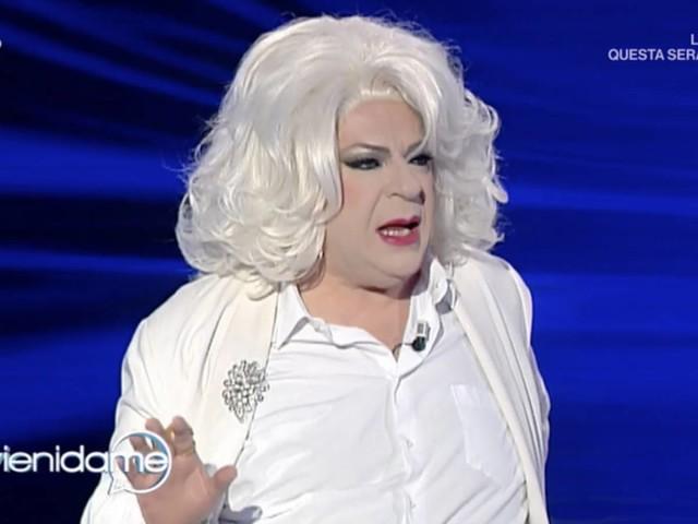 """Platinette: """"Vengo definito un gay omofobo ma ora sono gli etero i veri discriminati"""""""