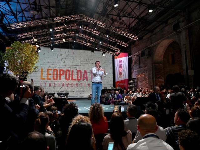 Renzi apre la Leopolda con le ambizioni da kingmaker